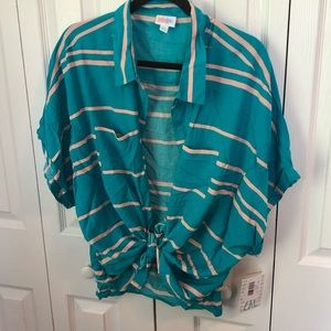 NWT Lularoe Amy Blouse